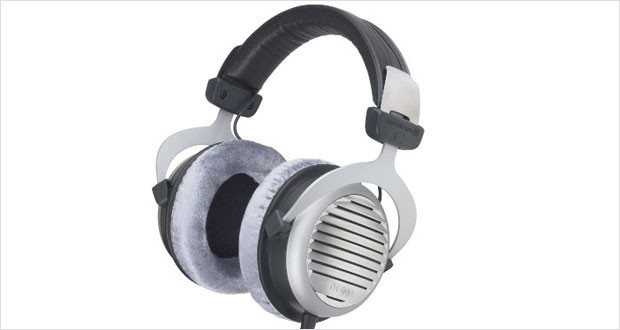 beyerdynamic-dt-990-headphones-review-headyo